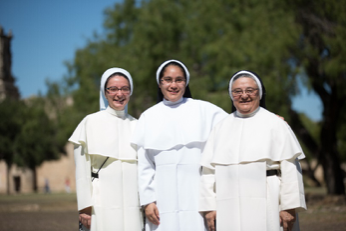 """Through Catholic Extension's """"Sisters Exchange Program,"""" three of the Hermanas Dominicas have been serving the Diocese of Tyler, Texas since 2014."""